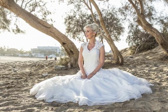 Die Braut im Sand