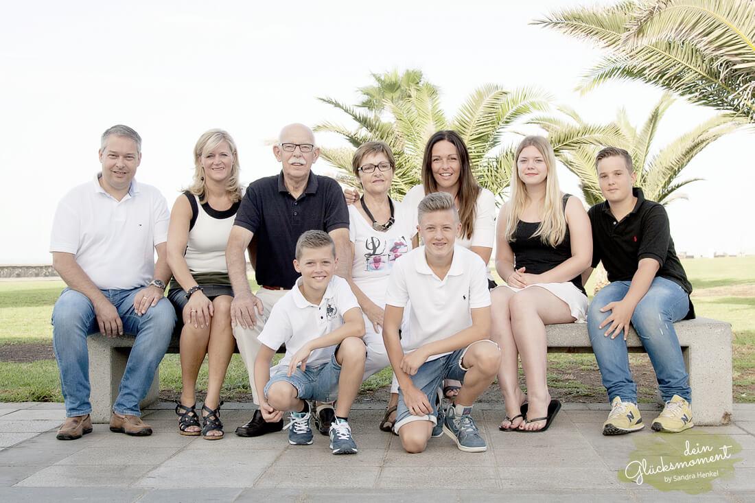 Familienshooting - Familie  - Leuchtturm Strand